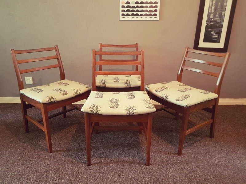 Set Of 4 A. Younger Solid Teak Dining Chairs Pineapple Mid Century Retro Danish Style