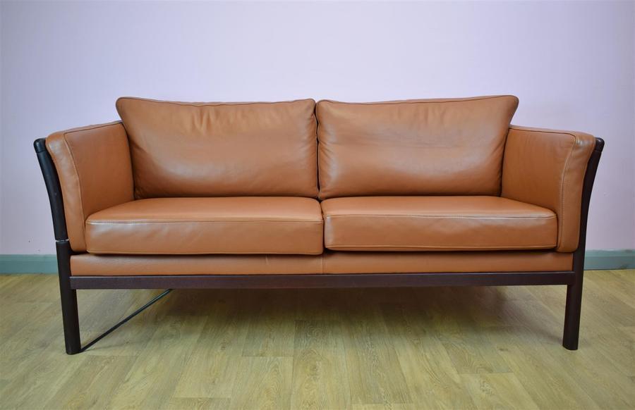 Mid Century Retro Vintage Danish Tan Leather 2.5 Seat Sofa Settee Daybed 1970s