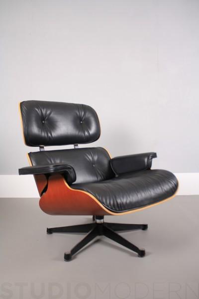 Vitra Charles & Ray Eames 670 Lounge Chair