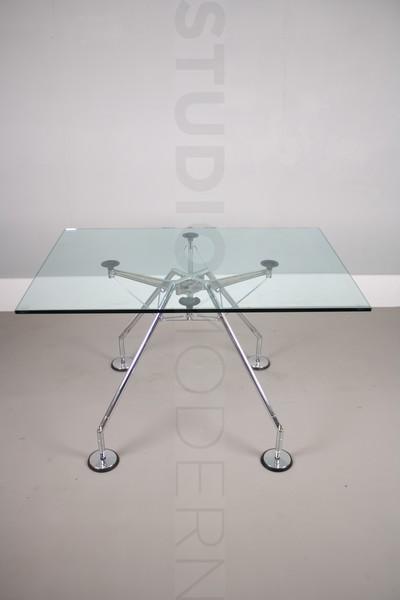 Norman Foster For Tecno Nomos Table photo 1