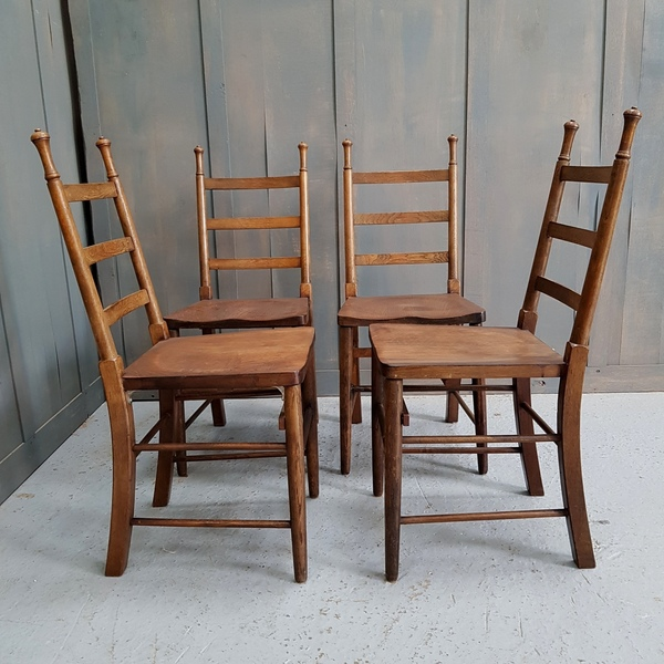 Set Of 4 Antique Oak Arts And Crafts Church Chairs