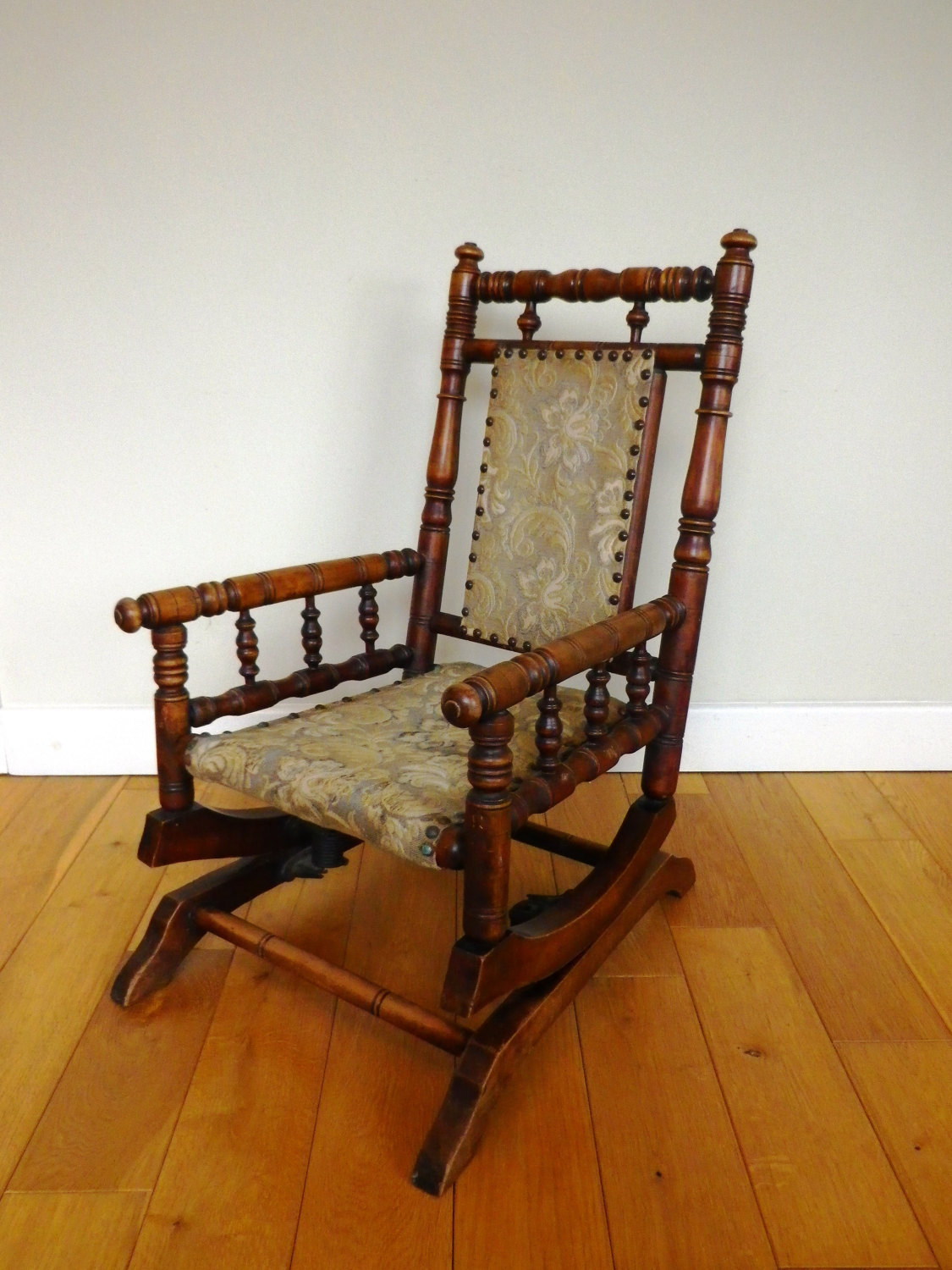 Antique Rocking Chair Late 19th Century Oak And Beech